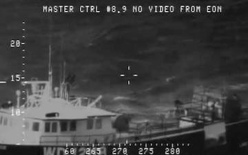 Coast Guard, Navy conduct medevac of mariner off Hawaii