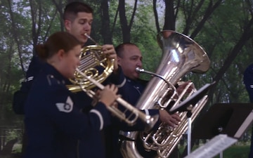 US Air Force Band of Mid-America Airlifter Brass celebrates 100th Veterans Day