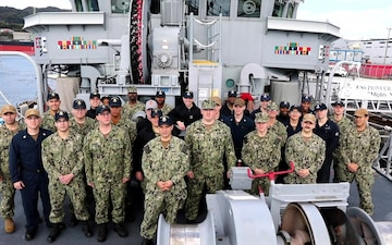 Mine Countermeasures Squadron Seven wishes happy holidays to family and friends back home