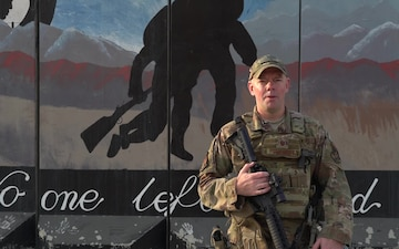 Master Sgt. Blake Pumphrey holiday greeting - Peoria, IL