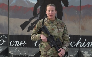 Maj. Megan Ortner holiday greeting - Cincinnati, OH