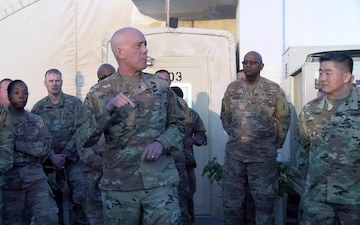 Chief of the Army Reserve visits Soldiers from the 77th Sustainment Brigade in Kuwait