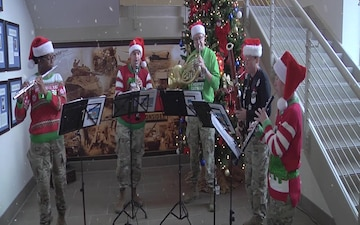 1st Armored Division Band brings cheer and joy to Iron Soldiers