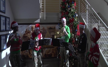 1st Armored Division Band plays Oh Christmas Tree for Iron Soldiers