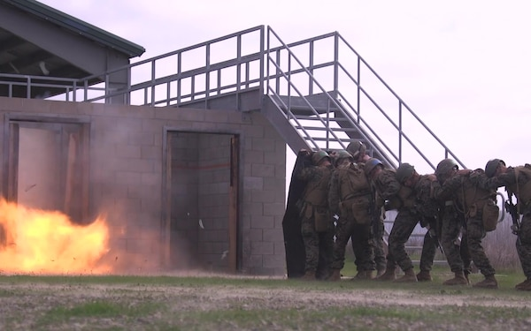 Urban structures no obstacle for last class of 0351 assaultmen
