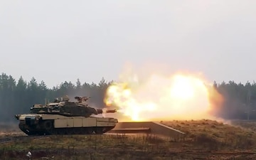 1-9 CAV 'Headhunters' Soldiers participate in live fire range training