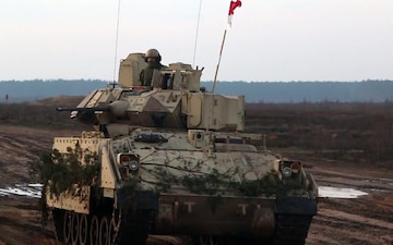 1-9 CAV 'Headhunters' participate in trench clearing exercise