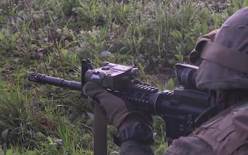 Rifleman students buddy rush live-fire range