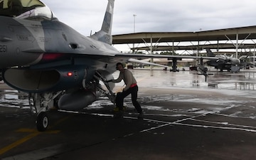 64th Aggressor Squadron pilots fly with East Coast pilots