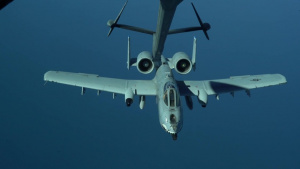 908th Expeditionary Air Refueling Squadron refuels A-10s
