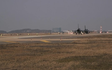 8th Fighter Wing F-16's Taxi and Take Off