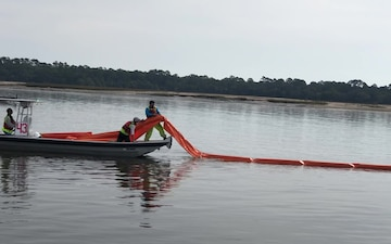St. Simons Sound Incident Response boom training