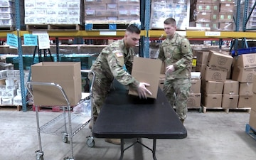 Ohio Army National Guard leadership visits Soldiers supporting food bank operations in Dayton, Ohio