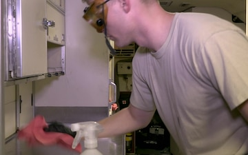 Joint STARS crew chiefs practice COVID-19 mitigation aboard aircraft
