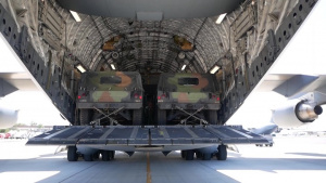 HMMWV Delivery