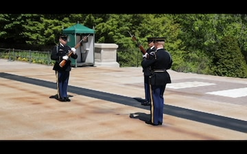 Tomb of the Unknown Soldier Changing of the Guard Broll 1