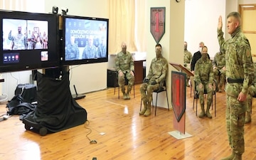1st Infantry Division Forward commander receives first virtual general officer promotion in Poland
