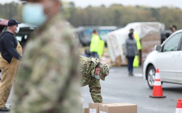 Delaware National Guard Assists Food Bank of Delaware