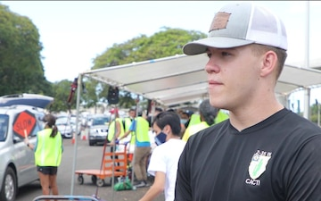 Tropic Lightning Soldiers give back to local community