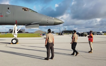 B-1s complete 24-hr sprint from Guam to train in Alaska, Japan