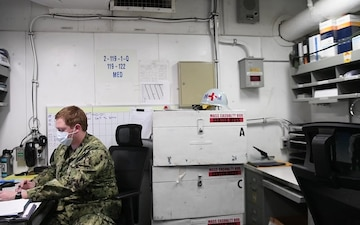 USS Carl Vinson (CVN 70) Fights COVID-19