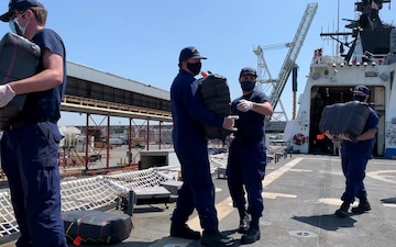B-Roll: Coast Guard offloads contraband in San Diego