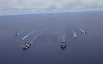 USS Nimitz, USS Ronald Reagan Carrier Strike Groups Conclude Dual Carrier Operations