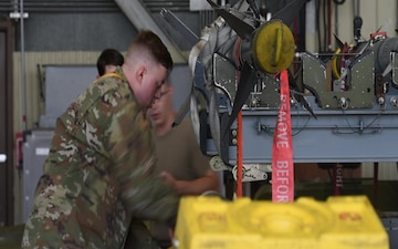 8 MXS 2nd Quarter Load Crew Competition