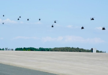 18 Apaches Fly Over Germany (without graphics)