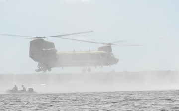 Florida National Guard Soldiers Helo-Cast in Kingsley Lake