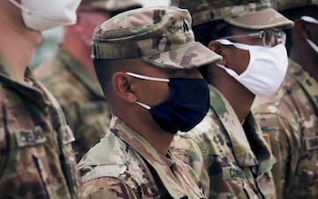 Gen. Joseph Martin reenlists Michigan Army National Guard Soldiers at Northern Strike 20