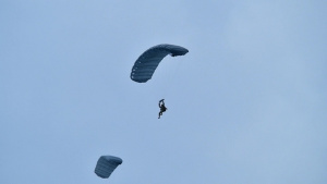 SOCEUR Paratroopers go Airborne