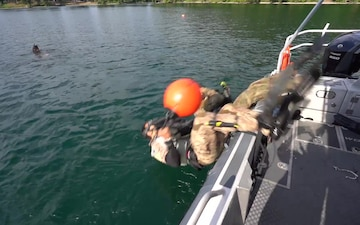 125th STS closed circuit dive training