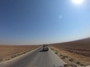 B-Roll of Bradley Convoy in northeastern Syria