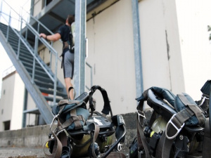 435th CTS honors 9/11 first responders with stair climb