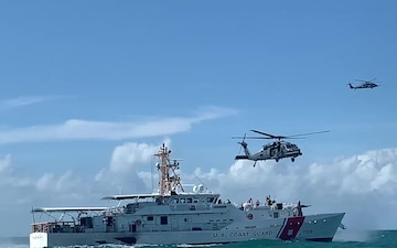 USAF, USCG Join for Rescue Training