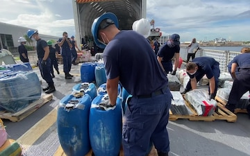 Coast Guard Cutter Escanaba offloads $85.9 million in narcotics at Port Everglades, Florida