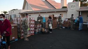Arizona Guard serves at walk-through food pantry
