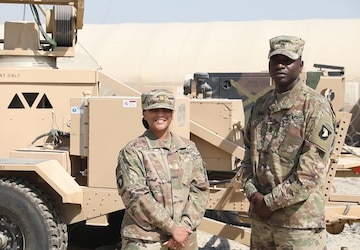 Soldiers from 101st Division Sustainment Brigade give shout out