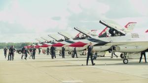 Thunderbirds make stop at Dobbins for Rome Airshow