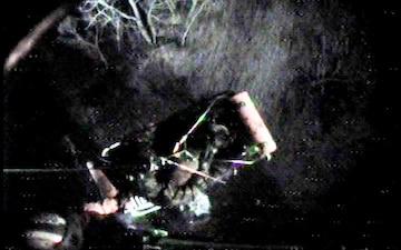 Coast Guard hoists hunters, dog near Windsor, Ontario