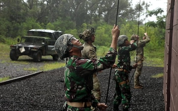 Indonesia Platoon Exchange: Ropes and Knots