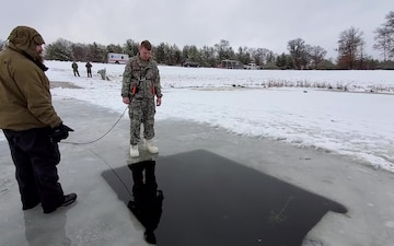 CWOC Class 21-02 student completes cold-water immersion training at Fort McCoy
