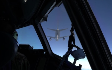 Celebration C-17's 4 millionth flight hour