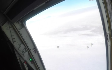 Spartan Paratroopers Conduct Airborne Operation During Arctic Warrior 21