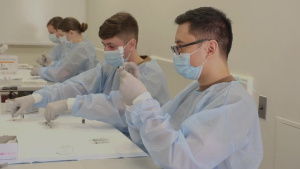 U.S. Navy Sailors prepare COVID-19 vaccines at Queens Community Vaccination Center