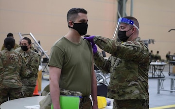 102nd Medical Group administers vaccines to service members