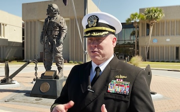NSA Panama City Cmdr. Keith Foster assumes command