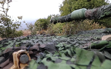 Armored units from US and Greece train force-on-force