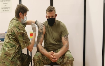 Fort Carson Soldiers receive COVID vaccination